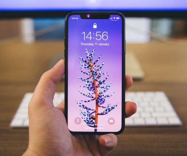 Etui silikonowe na telefon jako dodatkowa ochrona telefonu iPhone X